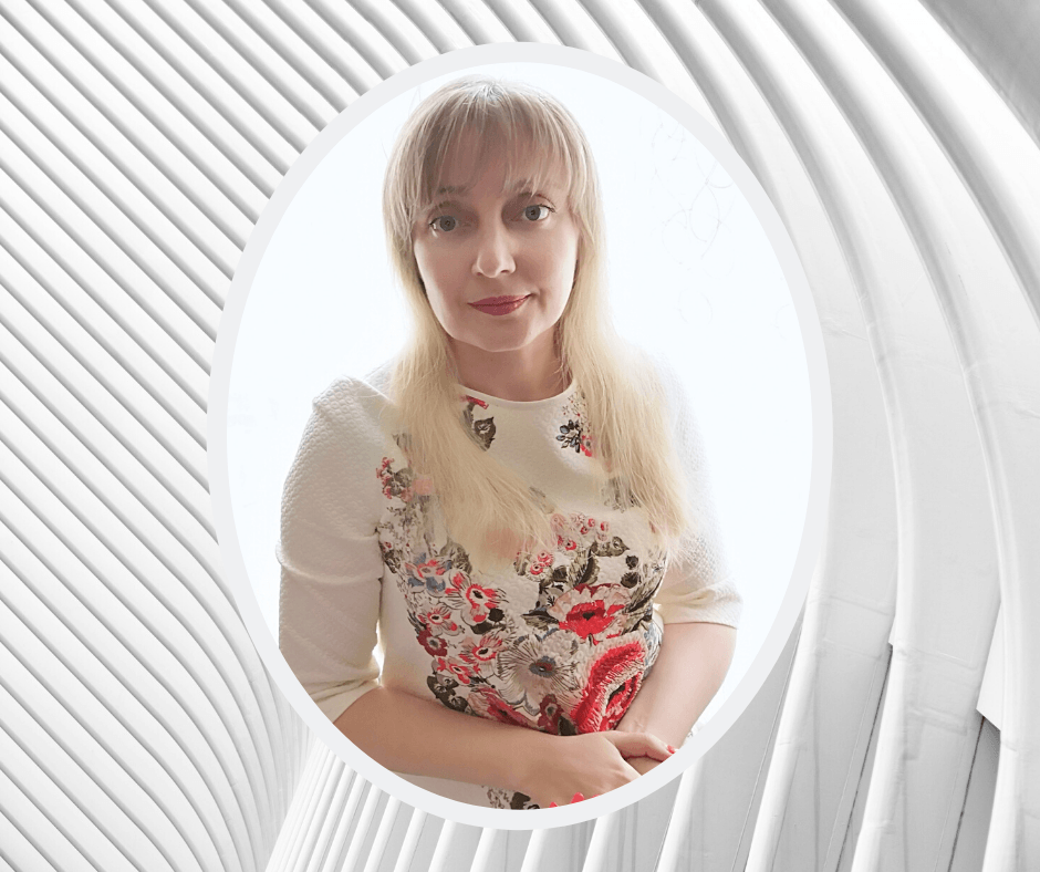 Меня зовут Ольга Пантелеева. Я автор проекта Зов Силы. Мой стаж консультирования 11 лет.